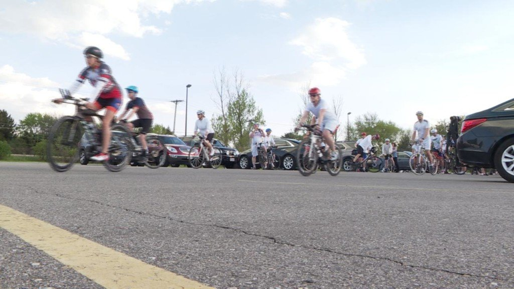 Sun Prairie bikers ride in silence to remember bikers killed on the road