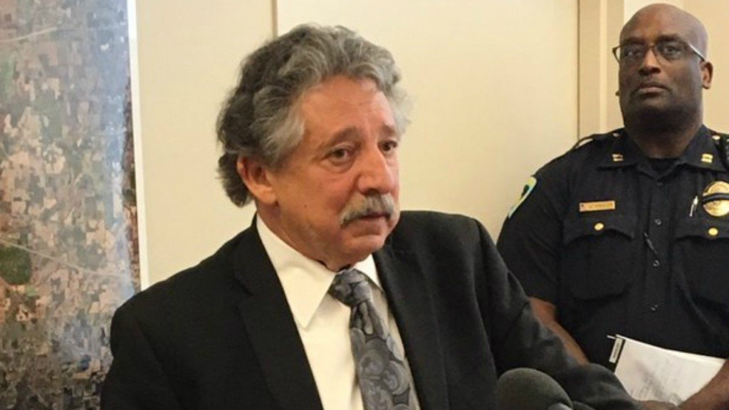 Soglin has harsh words for Clinton, Wisconsin Democrats