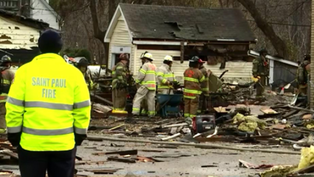 Explosion levels St. Paul home, injures 1, report says