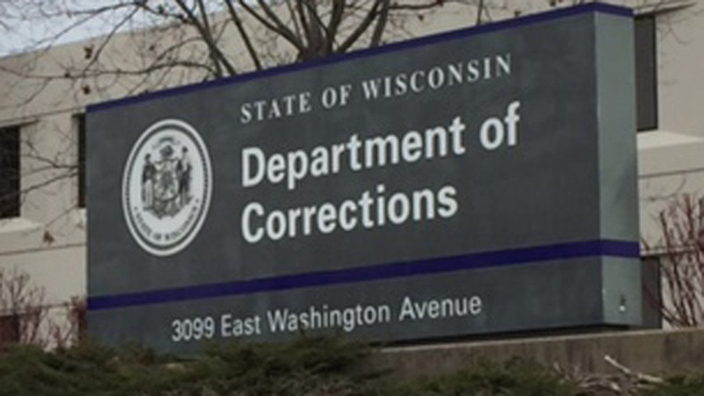 Former Wisconsin prisons secretary penning tell-all book