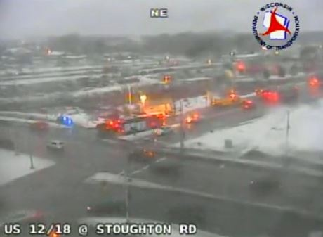 Multi-car crash closes Beltline at Hwy. 51