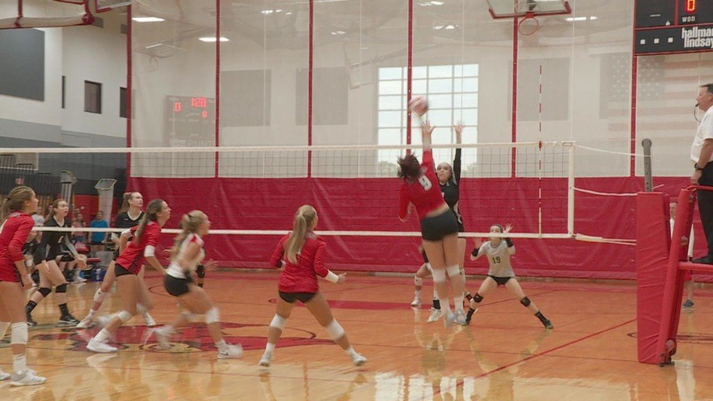Sun Prairie volleyball team sweeps Madison Memorial