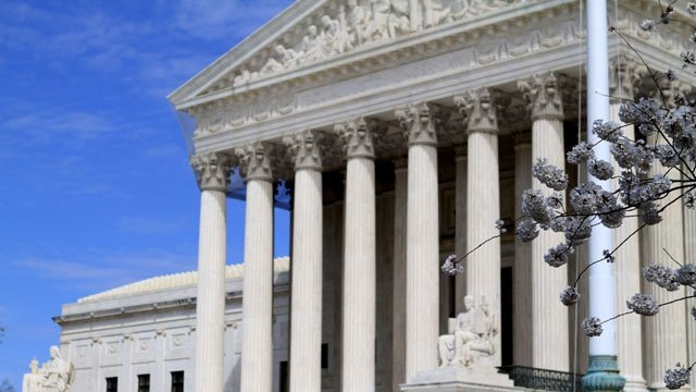 Supreme Court seems divided in property rights dispute