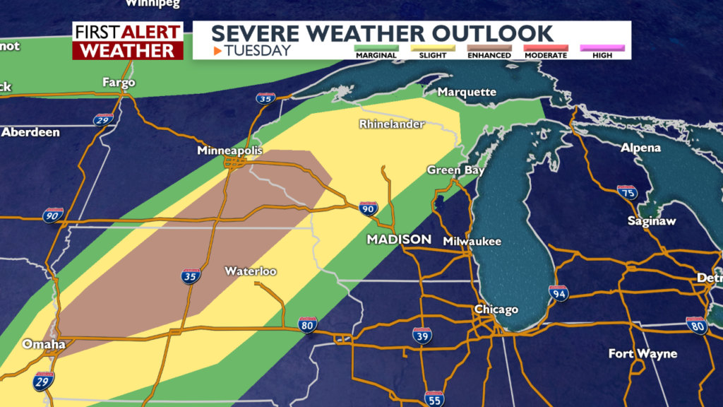 Risk of severe storms Tuesday night