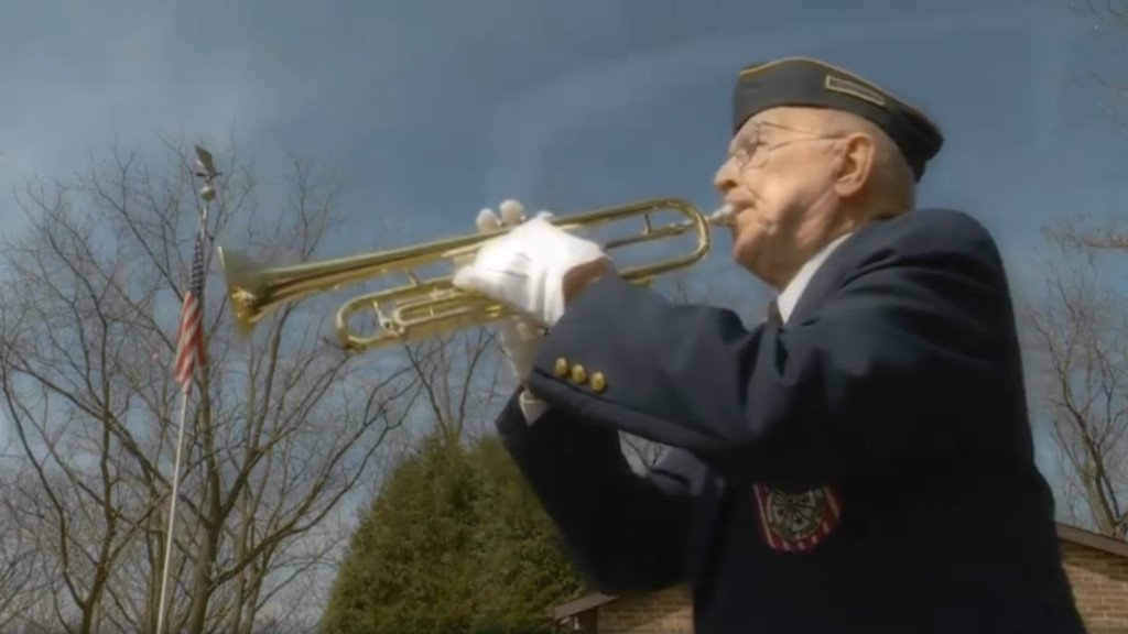Tonight at 10: 93-year-old bugler honors American veterans with the tradition of taps