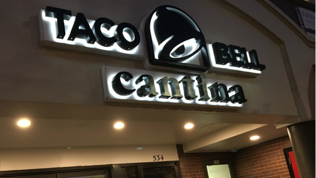 Madison grants State Street Taco Bell Cantina liquor license after years of debate