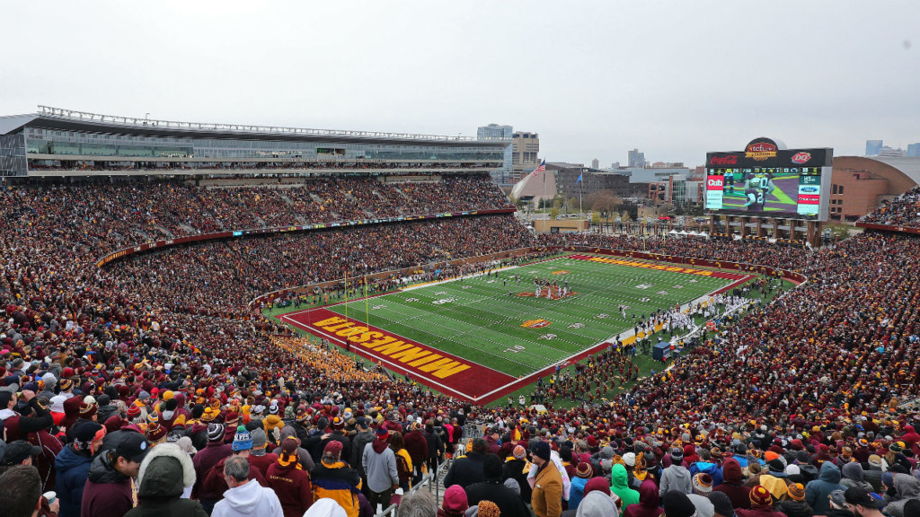 You can get paid to shovel TCF Bank Stadium ahead of the Badgers' big game