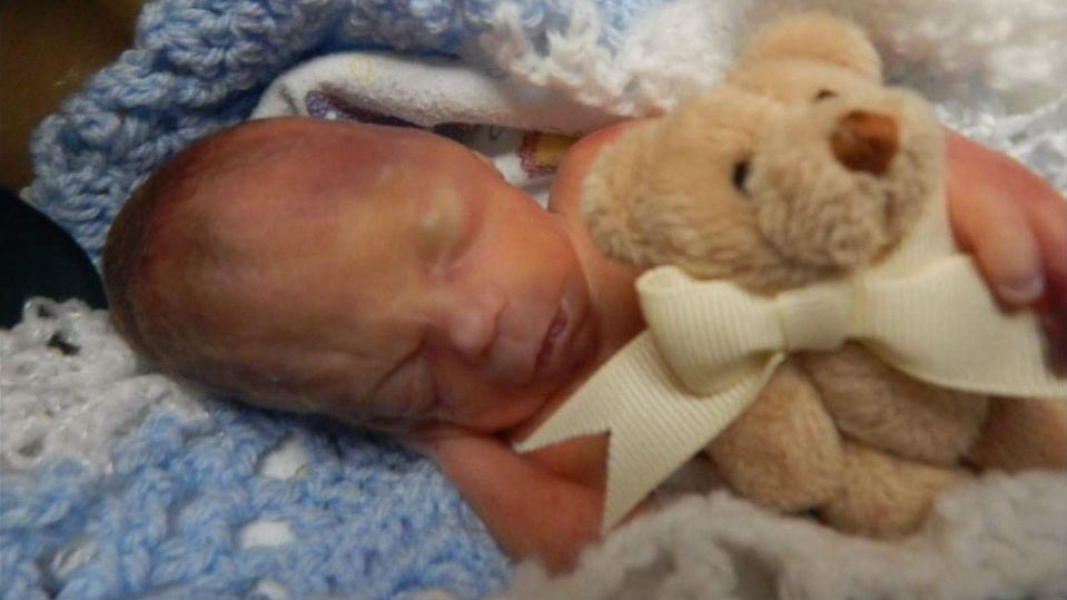 Man asking for public's help in finding lost teddy bear that belonged to his son who died