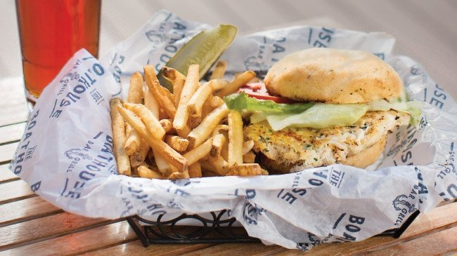 Boathouse brings dining to the pier