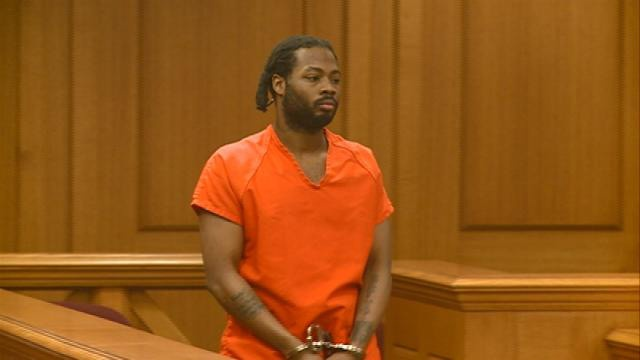 Man accused of stealing car with man in trunk found competent for trial