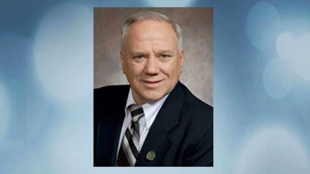 Ex-Wisconsin legislator Tom Larson dies after cancer fight
