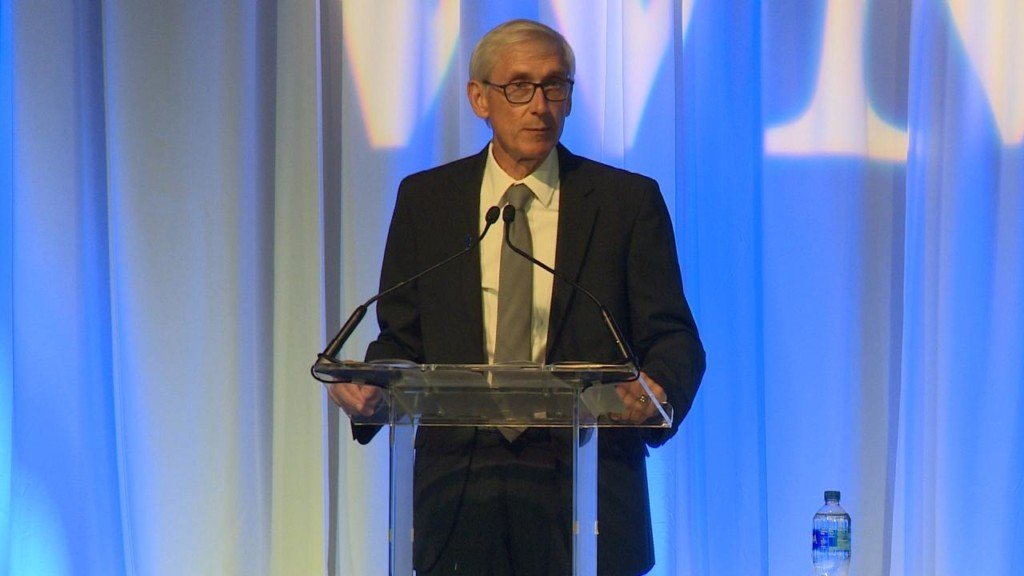 Evers signs order to create Office of Clean Energy, sets goal of carbon-free electricity by 2050