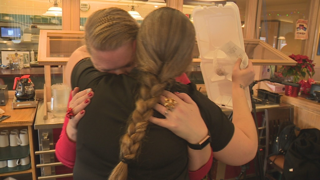 'I'm still in disbelief': Two waitresses receive $4,000 Christmas Eve tip