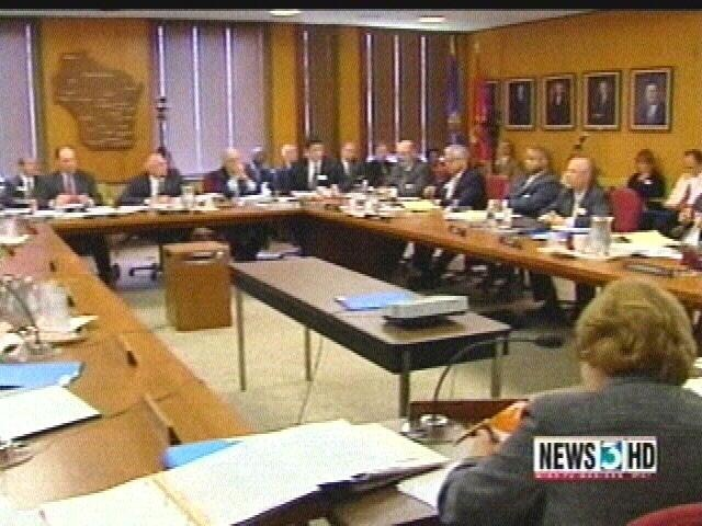UW System regents support pay-raise proposal