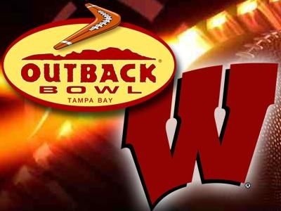 Badgers arrive in Tampa