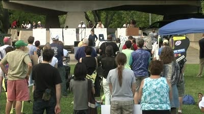 Hundreds of Madisonians rally for Ferguson, Dane Co. justice