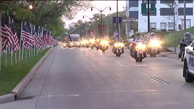 Hundreds of vets roll to D.C. for a special trip
