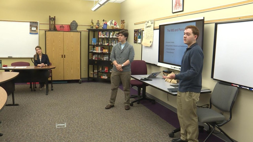 2 Janesville students head to Japan to present research project