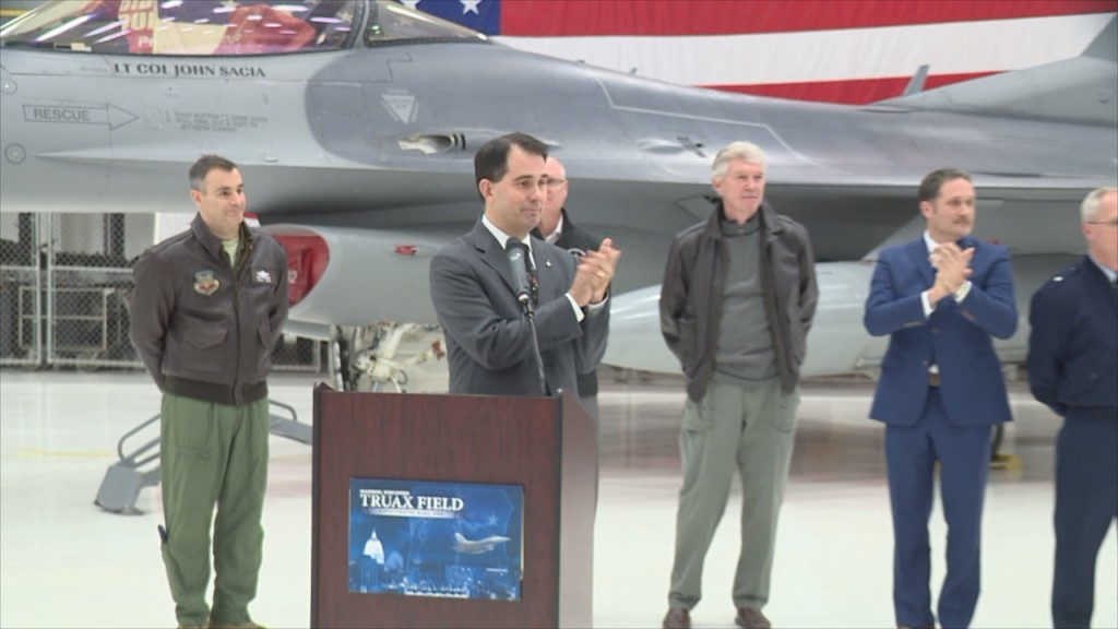 Opponents deride move to bring F-35 to Madison