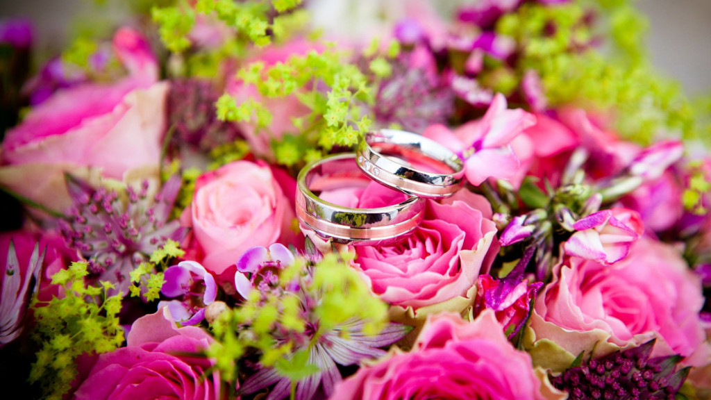 Call for Action: Planning a wedding? Read this advice before booking a vendor.