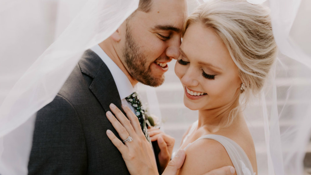 Wedding photos returned to couple, after equipment stolen from Madison photographer