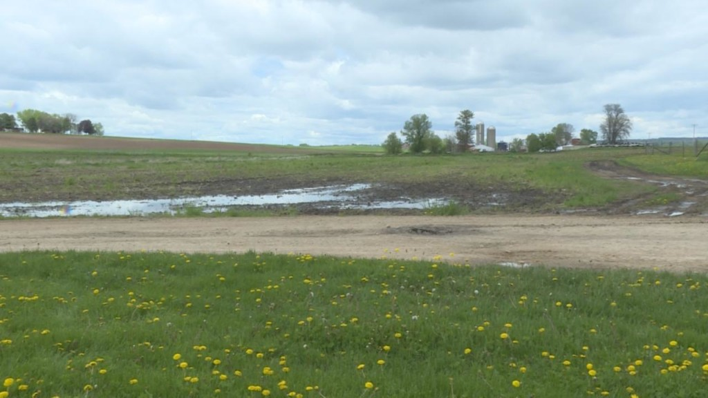 'We can't do anything about it': spring weather puts farmers behind on planting