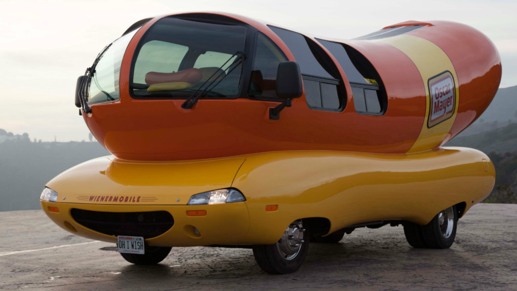 Vintage Wienermobile donated to Wisconsin museum