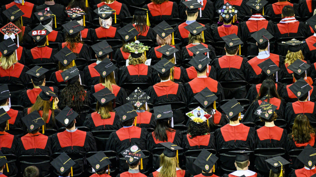 Nearly 1,800 students graduate at UW-Madison winter commencement