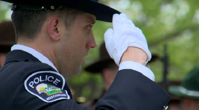 Hundreds turn out to honor fallen officers