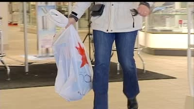 Last-minute shopping continues as 'cliff' nears