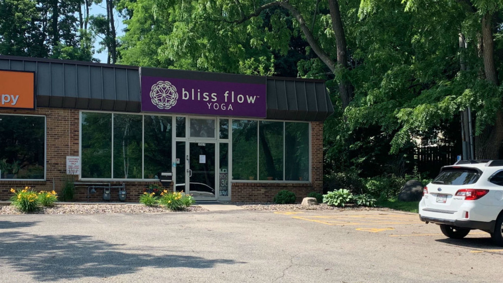 Another yoga studio closes without warning