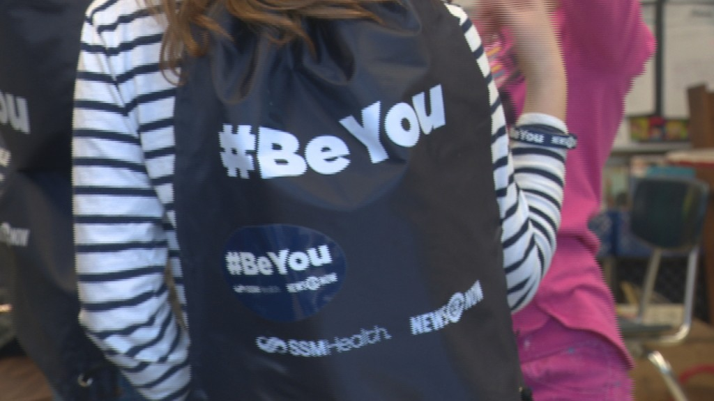 Students sign the #BeYou pledge