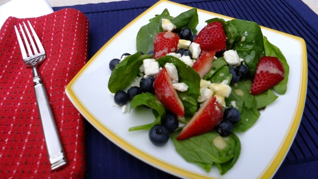 Donna's Red, White And Blue Spinach Salad