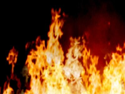 Townhouse fire displaces residents