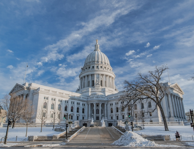 Wisconsincapitolwinter