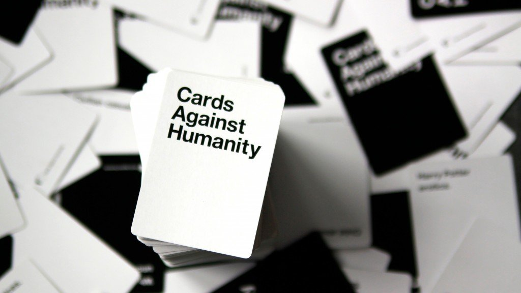 Cards Against Humanity game set