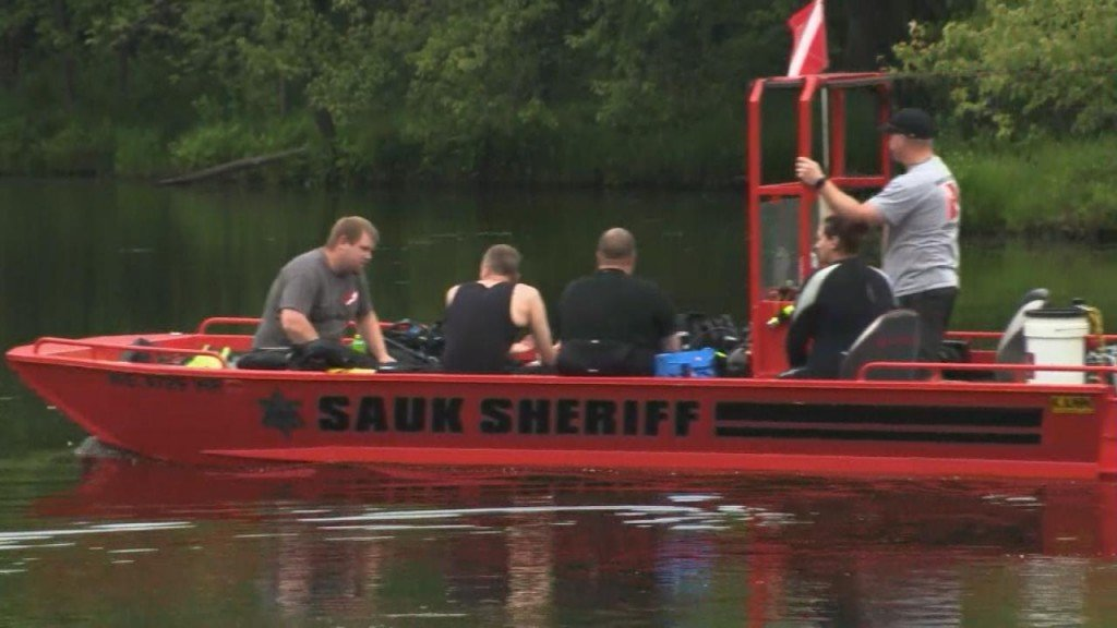 Search effort underway for missing child on Wisconsin River