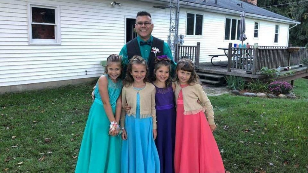 Teacher's act of kindness gives grieving girls a night to remember