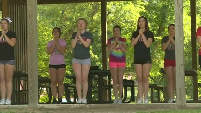 Pardeeville cheer team works to get back in the game