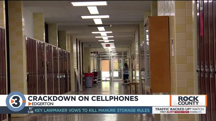 Crackdown on cell phones in Rock County school district