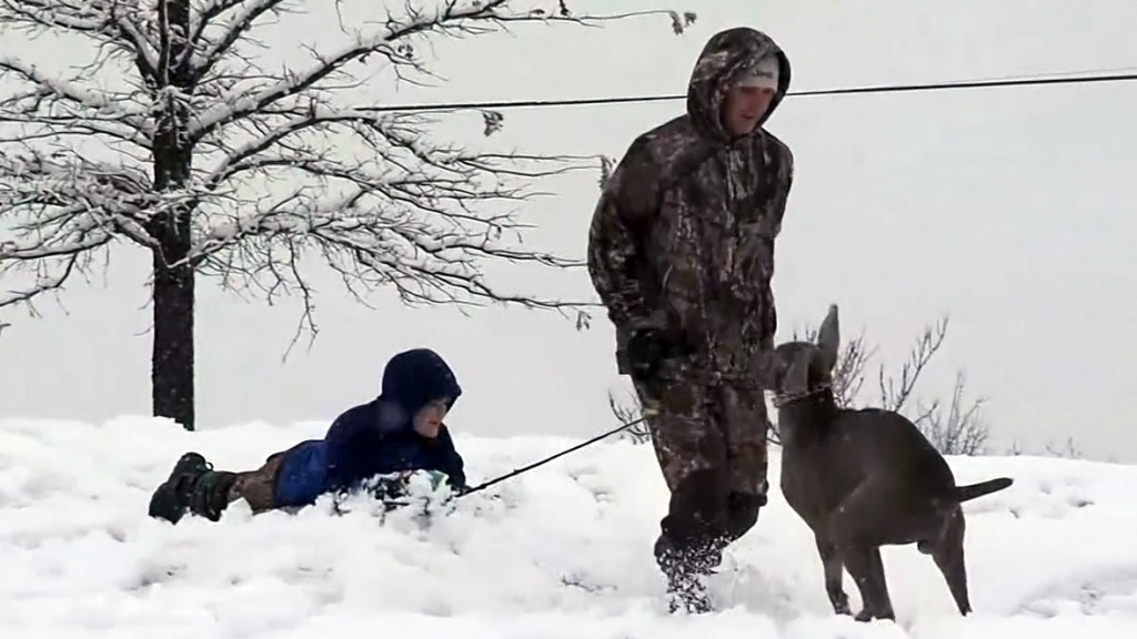 Snow blankets the South, moves into Northeast this weekend