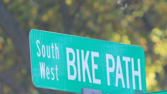 Teen seen exposing himself on Southwest Commuter Path, police say