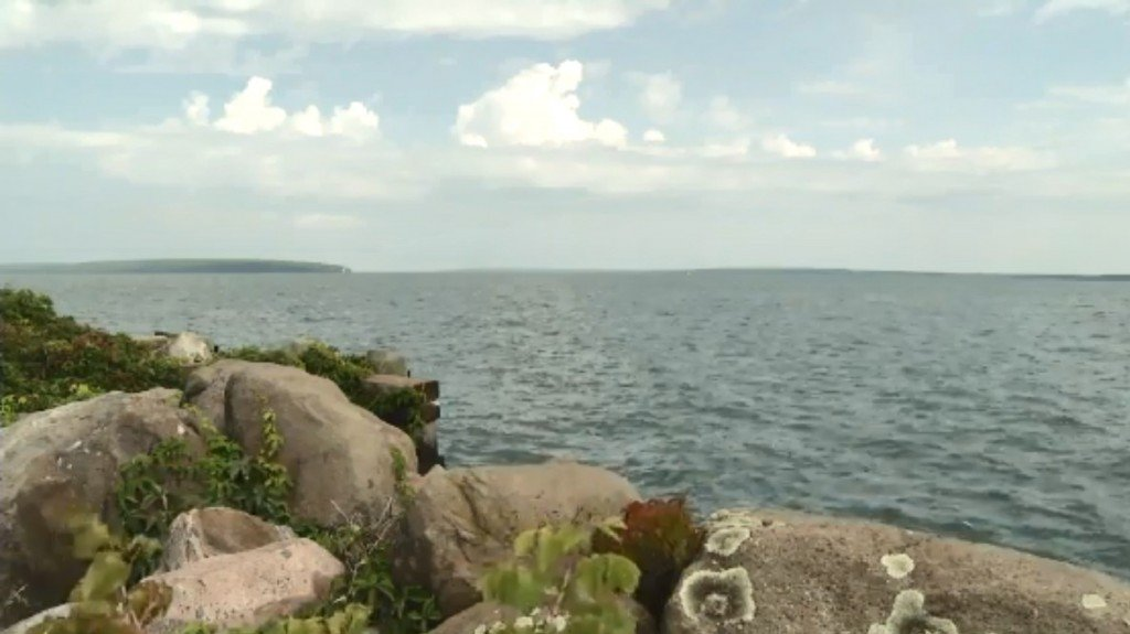 Mother only survivor after family's kayak capsizes on Lake Superior
