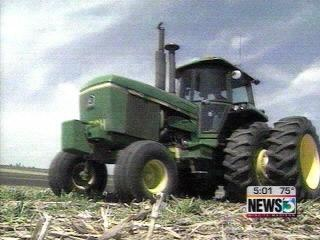 DOT wants weight, height limits on farm equipment
