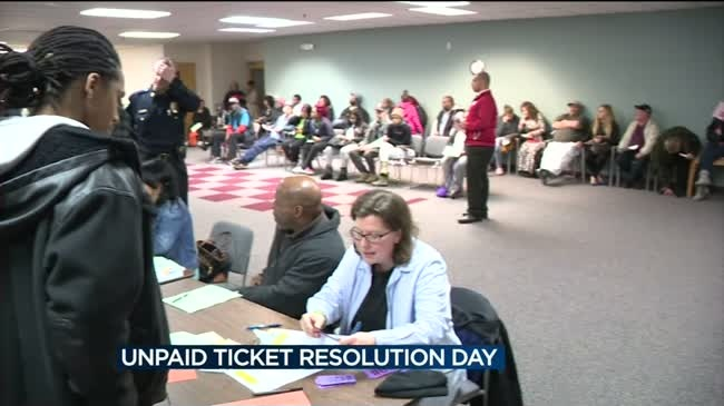 Hundreds turn out for Unpaid Ticket Resolution Day