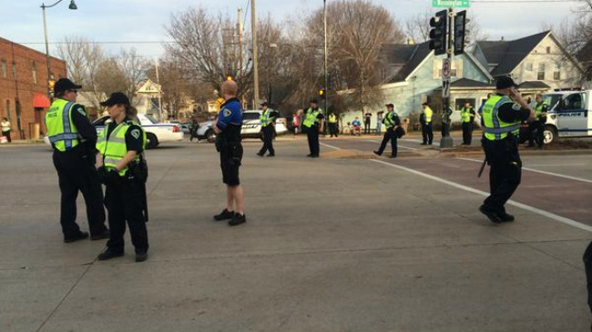 Police weigh rights of protesters, public during East Washington Avenue closure