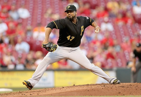 Liriano finally beats Reds, Pirates roll to 7-3 victory