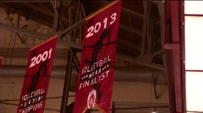 Women's volleyball team drops close match to Ohio State