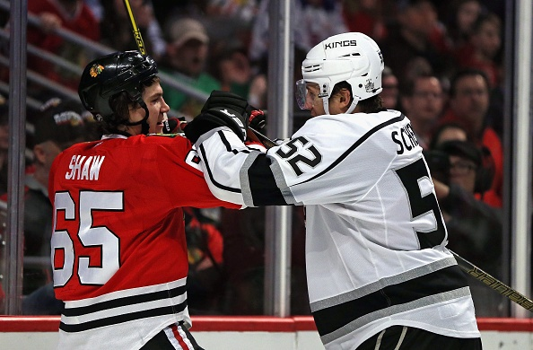 NHL roundup: Quick, Kings blank Blackhawks