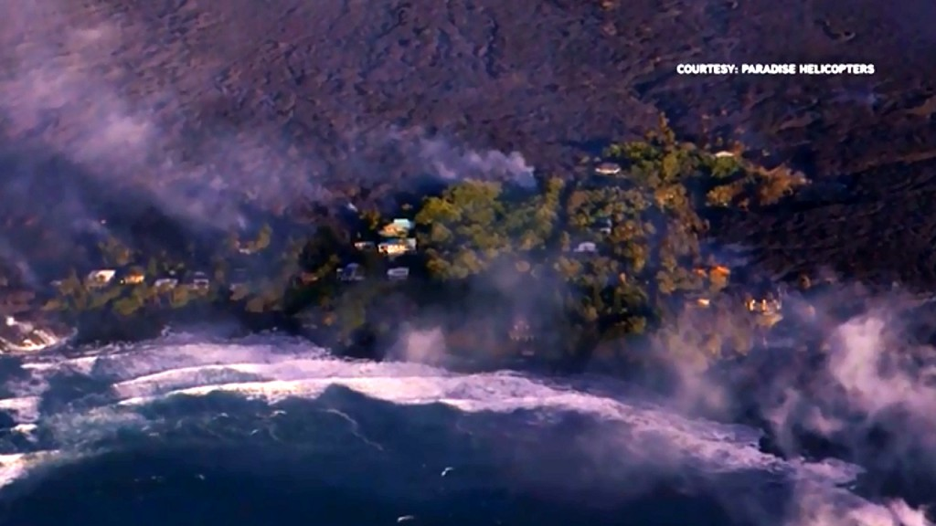 Lava fills up Hawaiian bay, destroys hundreds of homes